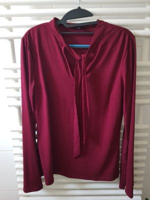 Romeo & Juliet Couture Tie-neck Blouse carmine