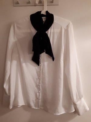 H&M Tie-neck Blouse white-black