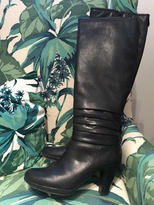 SCHLUSSVERKAUF!!! * Traumhaft schöne schwarze Glattleder-Stiefel * Echtleder * Neuwertig