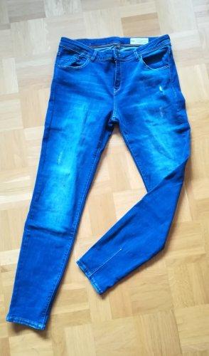 Schmale, leicht stretchige Jeans von Esprit