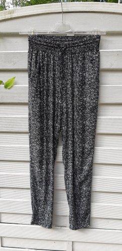 1.2.3 Paris Spodnie materiałowe biały-czarny