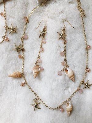 Collana di conchiglie oro-rosa pallido
