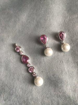 Schmuckset mit Perlen