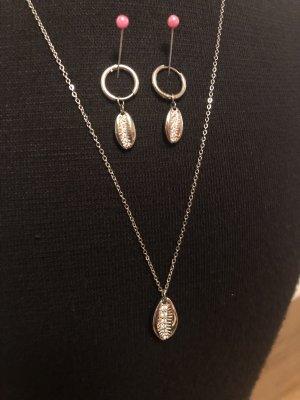 Purelei Collar de conchas color plata