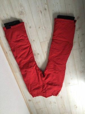 Kombinezon na śnieg czerwony