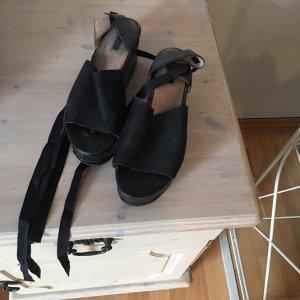 100% Fashion Sandalias con tacón negro