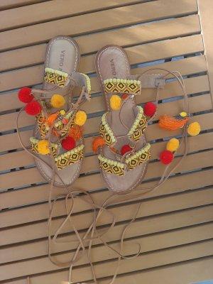 Vero Moda Sandalo con cinturino multicolore