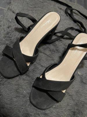 Schnür-Sandalen mit Absatz schwarz 41