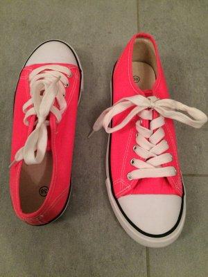 Schnürer in neon pink *NEU* Gr. 38