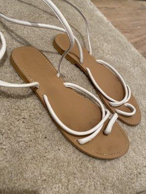 Schnürr Sandalen