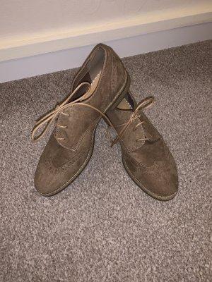 Pesaro Wingtip Shoes beige
