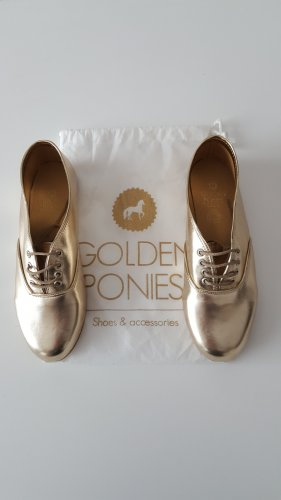 Oxfords gold-colored imitation leather