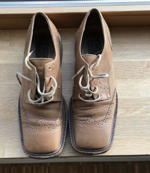 Cox Wingtip Shoes brown leather