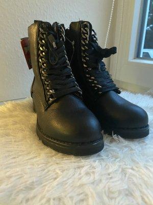 Young Spirit Short Boots black