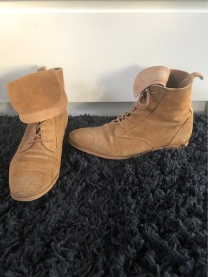 Zara Lace-up Boots camel