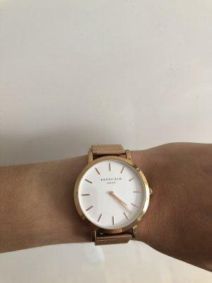 schöne Armbanduhr für Frauen