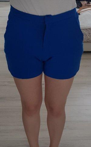 Schöne Blaue Shorts von Mango