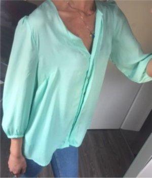 Schöne Bluse in mint grün