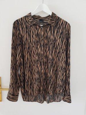 schöne Bluse mit Animalprint