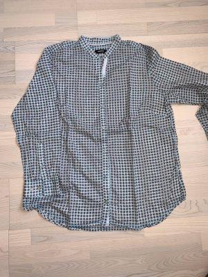 Schöne Bluse von Walbusch mit hübschen Muster