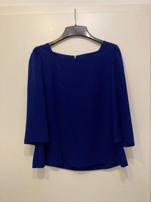 Schöne Bluse von Zara Woman hängend
