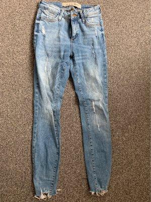 Schöne destroyed Skinny Jeans 32 Hose