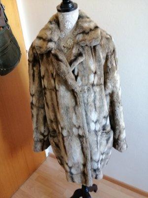 Schöne flauschige Mantel gr 40.