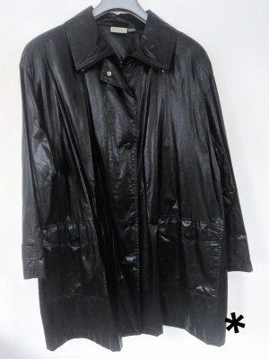 Schöne glänzende schwarze Jacke von Ulla Popken Selection