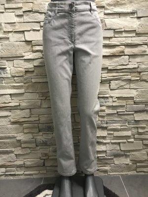 Schöne grau Jeans von Zerres Gr 40