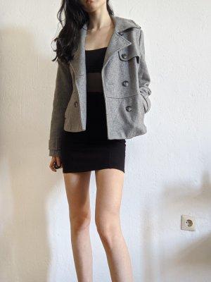 Schöne graue Jacke mit Doppelreihiger Knopfleiste