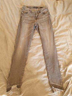 Schöne graue Jeans