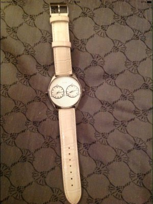 Guess Watch With Leather Strap white