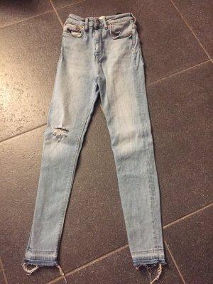 Schöne helle Jeans von Zara