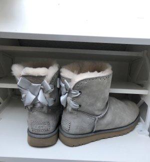 UGG Futrzane buty jasnoszary