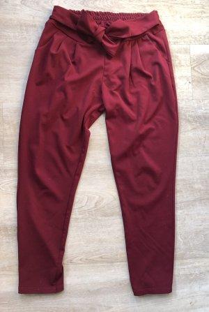 Schöne Hose in rot von emma&giovanni mit Schleife High waisted