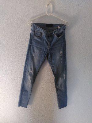 schöne jeans von Reserved