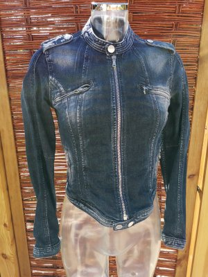 schöne Jeansjacke figurbetont neuwertig! Bikerstyle!