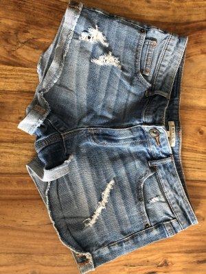 Schöne Jeansshort