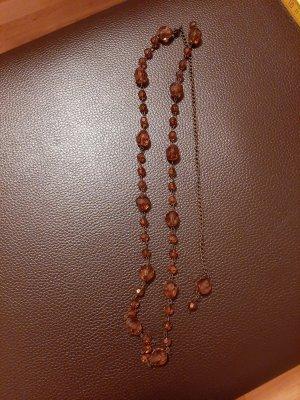 Collier de perles brun rouge
