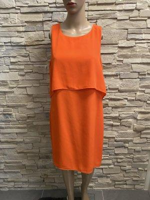 Schöne Kleid von  New Look Gr 42