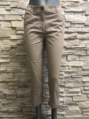 C&A Krótkie spodnie jasnobrązowy