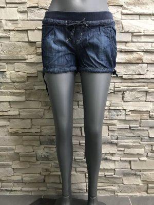 Schöne Kurze Shorts von C&A Gr 32