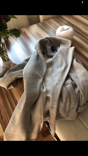 Schöne lange Jacke