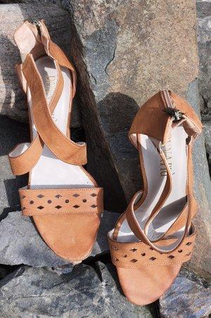 Schöne Leder Sandaletten- Gr.41