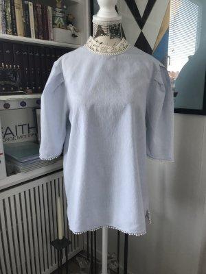 Schöne, leichte Bluse von ZARA mit angesagten Puffärmel