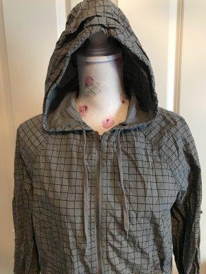 Schöne Leichte Jacke von H&M Gr 40