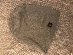 Cappello in tessuto grigio