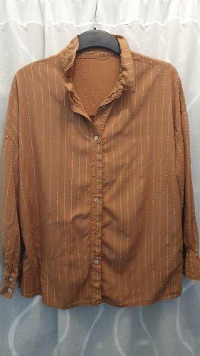 Schöne lockere Bluse