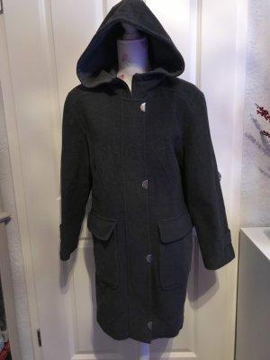 Schöne Mantel von C&A Gr 38