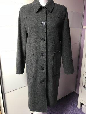 Schöne Mantel von s.Oliver Gr 38